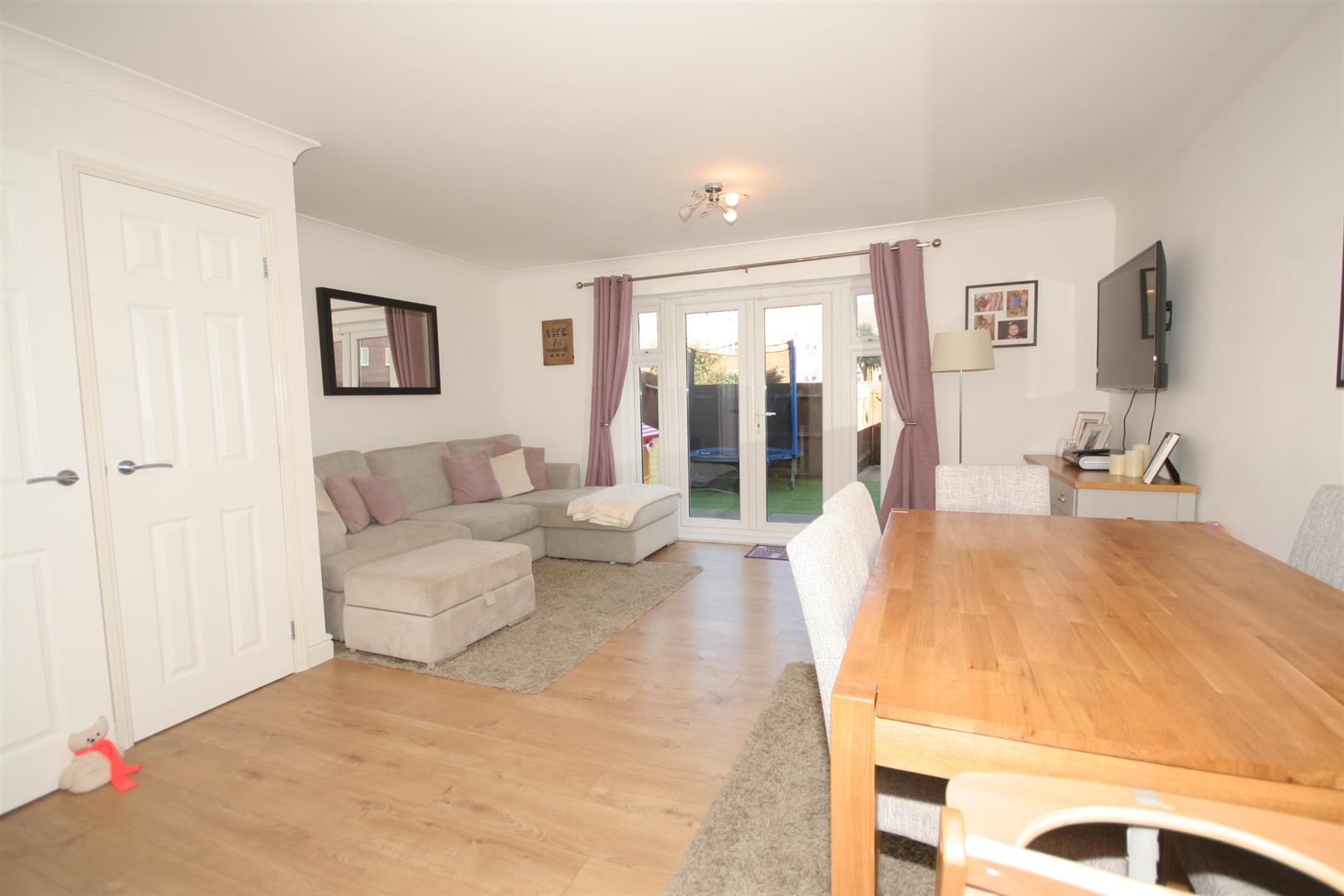 3 Bedrooms Terraced House for sale in Britannia Avenue, Shoreham-By-Sea